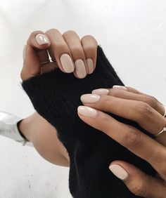 Gelllen Gel Nail Polish Set - 6 Colors With Top Coat Base Coat Dusty Classic Grays Series Home Gel Manicure Set - Cute Nails Club Neutral Nails, Nude Nails, Pink Nails, Coffin Nails, Beige Nails, Cream Nails, Matte Gel Nails, Neutral Colors, Acrylic Nails