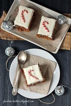 Feed Me Better: Piernikowe ciasto marchewkowe.