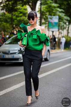 Love the combination of bright top, black pants and print shoe. Leaf Greener Street Style Street Fashion Streetsnaps by STYLEDUMONDE Street Style Fashion Photography