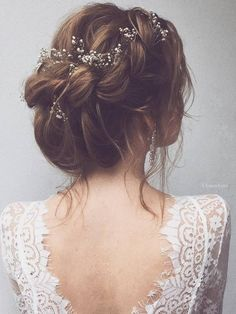 Ulyana Aster Long Wedding Hairstyles & Wedding Updos / http://www.deerpearlflowers.com/romantic-bridal-wedding-hairstyles/5/ Bride Hairstyles 2017, Soft Hairstyles, Romantic Wedding Hairstyles, Fairy Hairstyles, Flower Hairstyles, Romantic Bridal Updos, Short Updo Wedding, Ballet Hairstyles, Bridal Hairstyles
