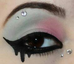 #Pastel Goth Make Up