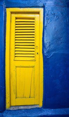 Yellow door - La Boca, Buenos Aires, Argentina
