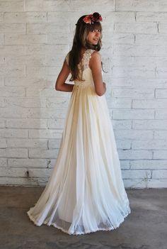 1960s Boho Wedding Gown, via Etsy.    I really want a 60s-70s style wedding dress