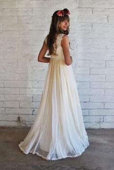 1960s Boho Wedding Gown, via Etsy.    I really want a 60s-70s style wedding dress