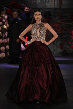Over 60 Indian bridal lehengas and outfits for your desi wedding. Find your wedding inspiration here from Manish Malhotra, Sabyasachi and India Fashion Week, Asian Fashion, Women's Fashion, Indian Dresses, Indian Outfits, Indian Clothes, Pakistani Dresses, Christian Dior, Indian Bridal Wear
