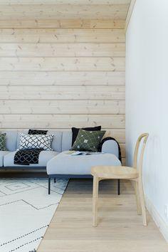 Seitti and Aita-cushion covers, Seitti- and Polku-blanket in Kontio house