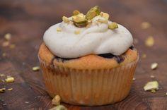 twin-food.dk blabaermarcipan-muffins-med-vanilje-frosting