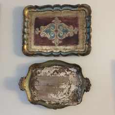 Loving these vintage wood trays! They are beautiful and make the perfect wall decor. Or use them as a jewelry dish on your dresser. No matter how you use them, we know you'll be happy!