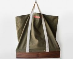 Buster Bag - by Brush Factory