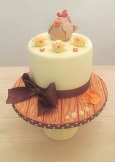 Chicken+Coop+-+Cake+by+The+Buttercream+Pantry