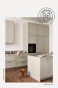 Apartment Kitchen, Living Room Kitchen, Kitchen Interior, Kitchen Design, Home Kitchens, Kitchen Remodel, Sweet Home, New Homes, House Design