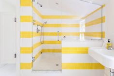 Not only is this bathroom bright and sunny it's accessible too!  If your home is in need of an accessibility renovation then follow the link in our bio. Photo credit: @stylecarrot _______________  #renovations #homeimprovement #renovation #homereno #decor #contractors #startup #yycnow #reno #construction #yyclove #yegstartup #calgary #edmonton #yyc #yeg #alberta #yycliving #homedecor #yegliving #calgarylife #edmontonlife #yegbiz #yeglocal #madeincalgary #mobileapp #bathroomdecor #sunshowers…