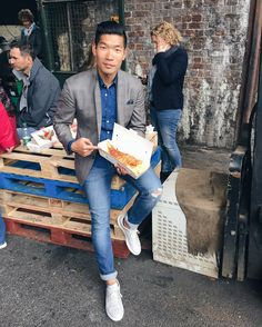 TGIF Mate! Grabbed some fish & chips eating it on the street next to a forklift in a sharp casual Friday look...am I fitting in yet?  @boroughmarket #London --- Follow @LevitateTravel for more travel posts! http://ift.tt/10fRvFt  #LevitateEngland
