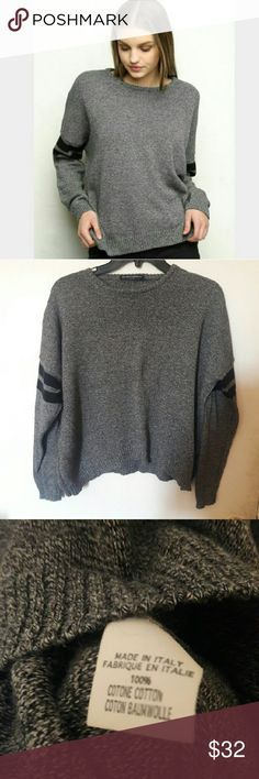 Brandy Melville Grey Speckled Veena Sweater Speckled pullover! Retails for 45 plus tax and shipping. In like new condition. Brandy tag is coming off but can be sewn or taken completely off Brandy Melville Sweaters Crew & Scoop Necks
