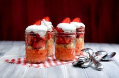 strawberry shortcakes in a jar