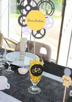Paris Roubaix, Birthday Brunch, Idee Diy, Retirement Parties, Wine Glass, Table Settings, Baby Shower, Decoration, Tableware