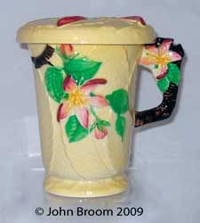 Best website for all things Carlton Ware, an information rich site on this extraordinary pottery made in Copeland Street, Stoke, Staffordshire 1890 to 1989 Vintage Dishes, Vintage China, English Pottery, Carlton Ware, Chocolate Mugs, Antique Perfume Bottles, China Porcelain, Fantasy, Clarice Cliff