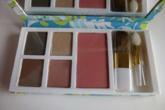 Estee Lauder Milly Pulitzer Designer Pure Color Eyeshadow Pure Color Blush and Floral Cosmetic Bag $10