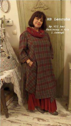 A Home Bazaar -lenruha és a marsala szín Marsala, High Neck Dress, Sari, Romantic, Street Style, Utca, Boho, Budapest, Outfits