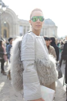 They Are Wearing: Paris Fashion Week Photo by Kuba Dabrowski Dope Fashion, Fur Fashion, Fashion Prints, Paris Fashion, Fashion News, Fashion Models, Autumn Fashion, Fashion Outfits, Womens Fashion