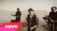 Kaiser Chiefs - Ruby // I woke up with this song in my head, so I had to share it with you! :)