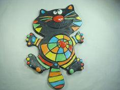 Chat en céramique émaillé en multicolore, à la manière d'une mosaïque : Décorations murales par crisland