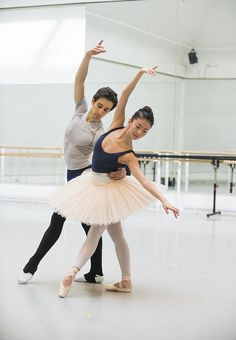 Valentino Zucchetti and Yuhui Choe in rehearsal for Scènes de ballet, The Royal Ballet © ROH/Tristram Kenton, 2014