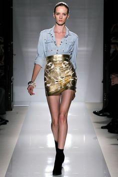 Balmain Spring 2012 Ready-to-Wear Fashion Show - Daria Strokous (Women)