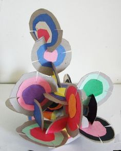jpg mai 2010 - Sculpture - Print the sulpture yourself - sculpture_disques. 3d Art Projects, School Art Projects, Sculpture Lessons, Sculpture Projects, Kindergarten Art, Preschool Art, Kindergarten Sculpture, Art For Kids, Crafts For Kids