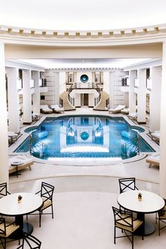 Closed in 2012 for renovation, the legendary Ritz paris, located at the equally iconic Place Vendôme, reopened its doors in June.The new look includes a the first-ever Chanel spa: we take you on a guided tour.