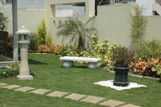 Try to use two or three colors; you can also get more impact in your garden if you use one color in your garden.