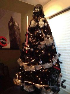 I Find Your Lack of Cheer Disturbing – Star Wars Darth Vader Christmas Tree (MUST do once we have a media room) Star Wars Christmas Tree, Darth Vader Christmas, Noel Christmas, Xmas Tree, Christmas Ideas, Christmas Humor, Holiday Fun, Christmas Jingles, Cabin Christmas