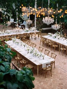 The most gorgeous outdoor tablescape we have ever seen. There are no words for how beautiful this outdoor Maui Hawaii wedding is! With glistening low hanging chandeliers twinkling and an all white tablescape Wedding Centerpieces, Wedding Table, Wedding Ceremony, Rustic Wedding, Wedding Decorations, Intimate Wedding Reception, French Wedding, Indoor Wedding Venues, Small Wedding Receptions