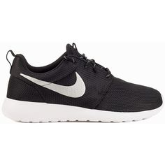 Nike Roshe One ($130) ❤ liked on Polyvore featuring shoes, sneakers, nike, sport, everyday shoes, metallic, womens-fashion, sport shoes, nike footwear and nike sneakers