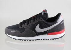 Nike Air Vortex Retro (black / medium grey - mid fog - chilling red)