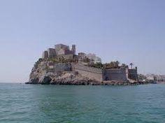 Resultado de imagen para castillos cerca del mar-->>Lunarish