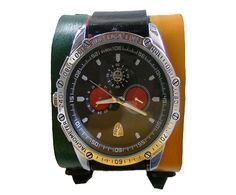 INFORMAÇÕES DO PRODUTO * O relógio não acompanha o bracelete Prazo produção: 03 dias Cor: Amarelo/Vermelho/Verde/Preto (Olodum)  Tamanho: 15cm à 21 cm (punho) Largura: 6 cm Peso: 170 gramas Produzido por Biagio Grisi  Outras Cores: Amarelo,azul,café,vermelho,verde,preto laranja, roxo e natural.  Produto confeccionado em couro de boi natural, curtido e tingido artesanalmente, sem prejudicar o meio ambiente.  OBS. Bracelete revestido internamente com couro de bode  Solicitamos ao cliente, não…