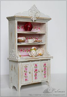 Cottage chic dollhouse style!