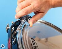 As a drummer, It is essential to know how to tune your drum heads. Having a finely tuned drum kit will make your drum set sound fantastic.