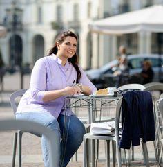 Plus size shirt Ivrea, 3/4 sleeves in soft cotton. #madeinitaly #plussize #fashion #cotton #womenshirt Damen blusen in Übergrößen
