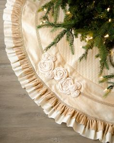 Ivory Christmas Tree Skirt with Ruffles and roses. Loving this look!