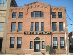 The Piquette plant is a New England mill-style building, built by the Ford Motor Company in 1904. The building is where the Model T was designed and first built. Ford moved out in 1910, selling the building to Studebaker. It is currently operated as a museum, the Model T Automotive Heritage Complex.