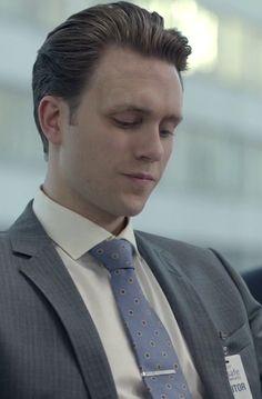 Tyrell Wellick in Mr. Robot S01E01