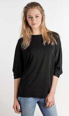 oversize shirt und jeans, die perfekte Kombi www.blaccbird.de fashion made in Reutlingen
