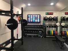 Trendy Home Gym Room Ideas Home Gym Basement, Home Gym Garage, Diy Home Gym, Gym Room At Home, Home Gym Decor, Best Home Gym, Man Cave Garage, Workout Room Home, Workout Rooms