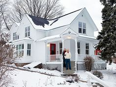 A Scandinavian Christmas in Wisconsin 2019 Mark and Jenny Bretheim Renovated Wisconsin Home Rustic Christmas Decorating Ideas Country Living The post A Scandinavian Christmas in Wisconsin 2019 appeared first on House ideas. Cottage Farmhouse, White Farmhouse, Farmhouse Design, Farmhouse Style, Fresh Farmhouse, Farmhouse Homes, Porches, Old Farm Houses, Scandinavian Christmas
