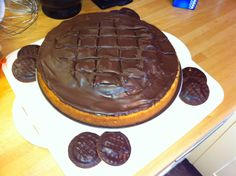 Giant 'Jaffa Cake' Cake! Giant Jaffa Cake, Always Hungry, Piece Of Cakes, No Bake Cake, Cake Recipes, Sweet Tooth, Sweet Treats, Food Porn, Cooking Recipes