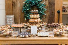 Wedding Desert Table, Dessert Bar Wedding, Wedding Cupcakes, Wedding Desserts, Wedding Decorations, Wedding Cake, Wedding Ideas, Buffet Dessert, Dessert Table Decor