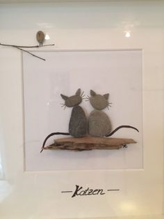 """I sell a beautiful, handmade picture with stones and driftwood here.I have …, stone picture driftwood Baltic Pebble Art """"cats"""" in Brandenburg – Zeuthen Source by brigittekonnerth Art Diy, Diy Wall Art, Stone Crafts, Rock Crafts, Beach Rock Art, Art Rupestre, Art Pierre, Pebble Art Family, Pebble Pictures"""