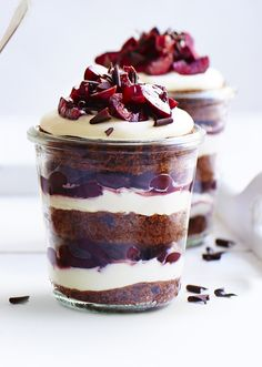 What more could you want in your cup than devilishly rich chocolate sponge cake, light and creamy mascarpone and gooey chopped cherries macerated in raspberry liquer. Layered on top of each other to provide a beautifully decadent mouthful, these cake cups taste just like mini black forest gateaux.